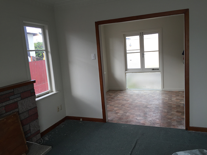 South_east_auckland_renovation_lounge_before_3