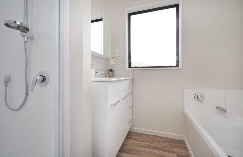 manurewa_renovation_bathroom_after