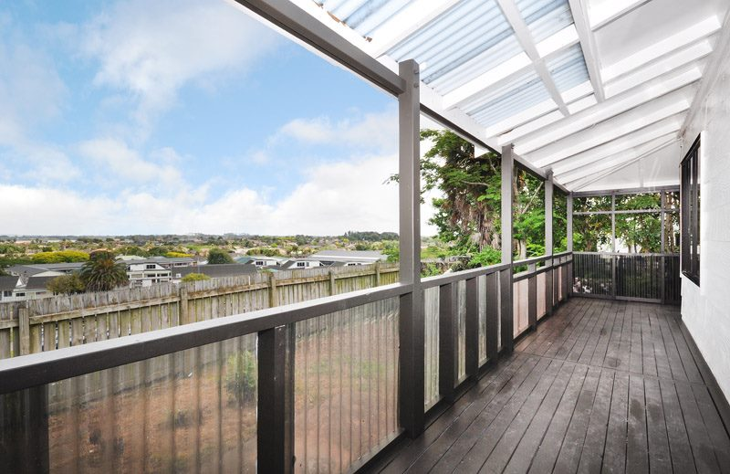 manurewa_renovation_deck_before