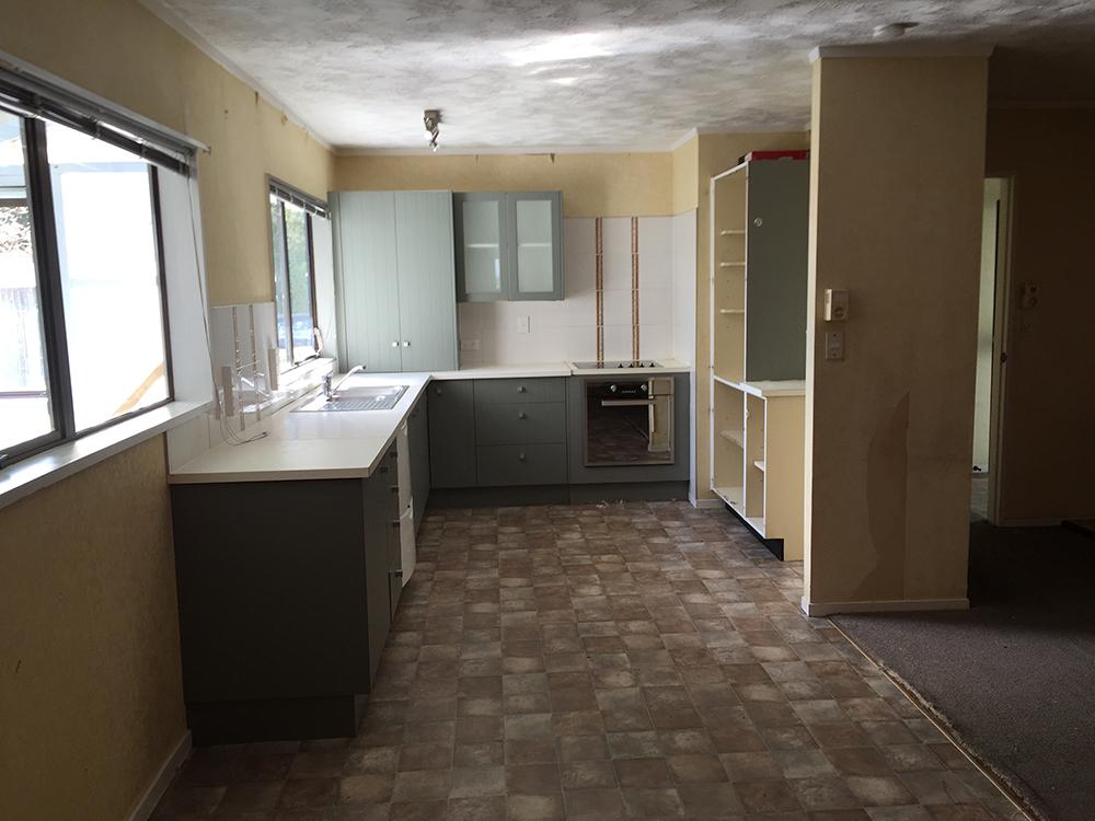 manurewa_renovation_kitchen_before