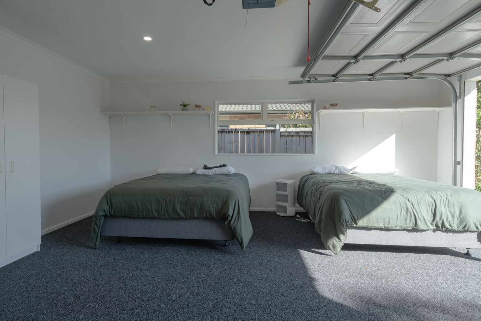 garage with industrial carpet