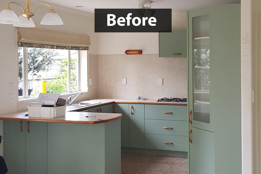 beach house kitchen before renovation