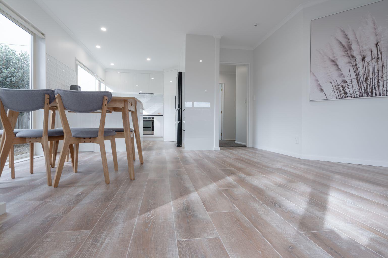 laminate flooring - perfect choice for beach house living areas